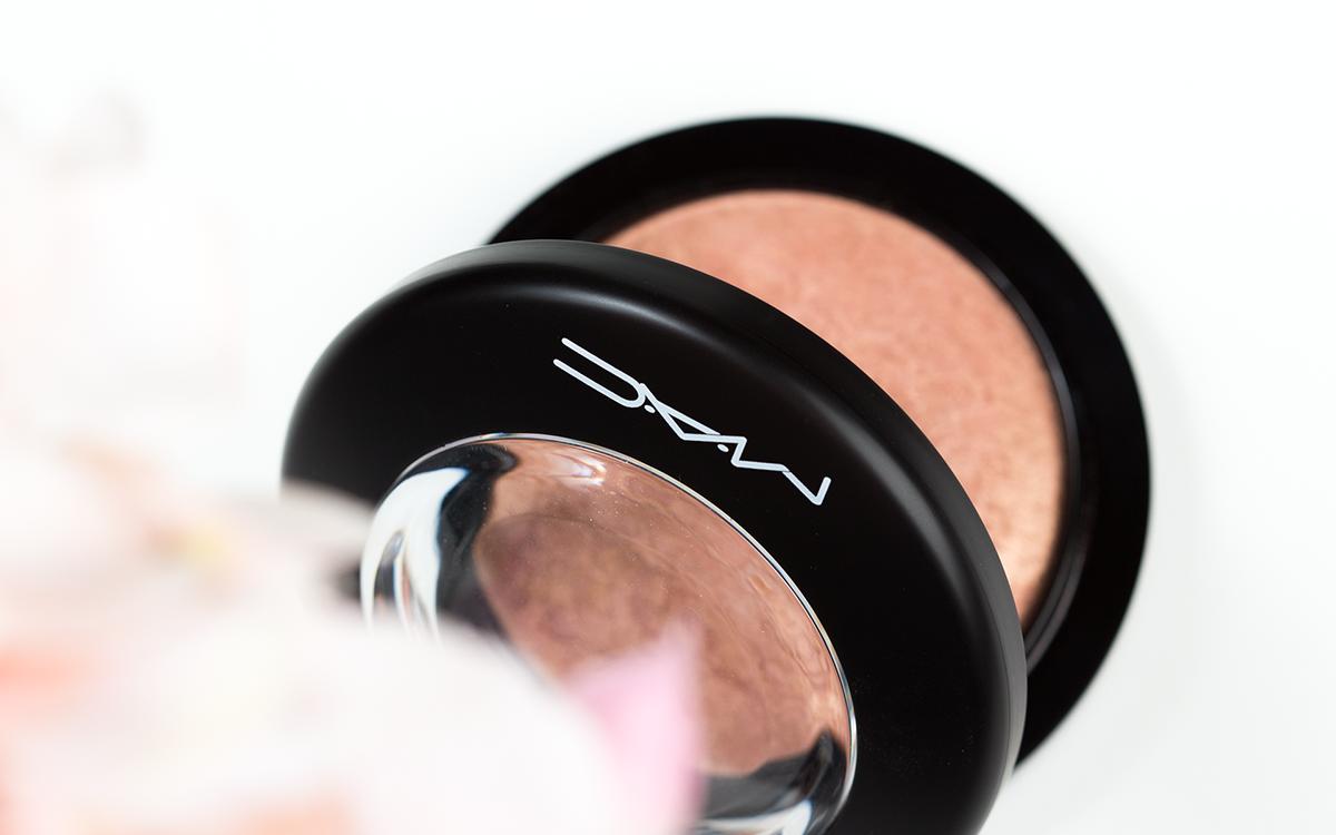 MAC-Cosmetics-Mineralize-Skinfinish-Cheeky-Bronze-Miniatura